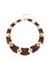 collar 15