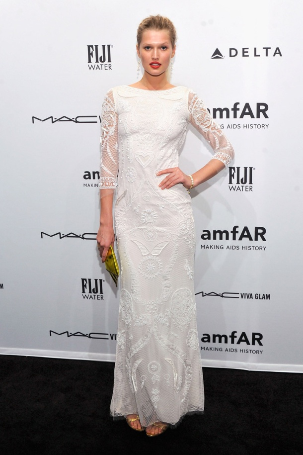 Toni Garrn gala amfAR_nueva york