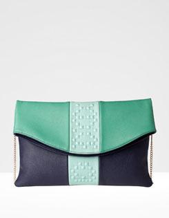bolso azulado