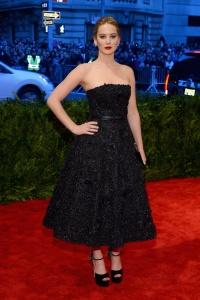 Jennifer_Lawrence_Dior_Alta_Costura