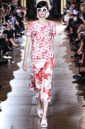 stella_mccartney_pasarela_518907_175x263