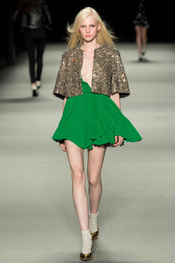 yves_saint_laurent_pasarela_790826530_175x263