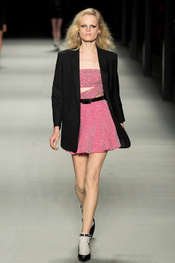 yves_saint_laurent_pasarela_814626299_175x263